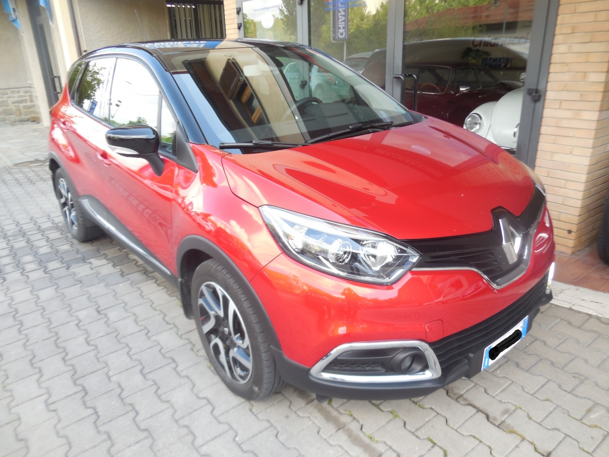 renault captur 1 5 dci 90 cv energy intens febbraio 2016 autosalone chianucci di rosaldo e. Black Bedroom Furniture Sets. Home Design Ideas